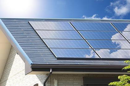 電力の自給自足リフォーム (太陽光パネル・蓄電池システム)